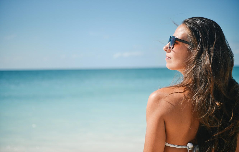 Photo wallpaper beach, sun, back, sunglasses, enjoy