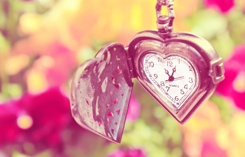 Photo wallpaper summer, flowers, heart, watch, chain