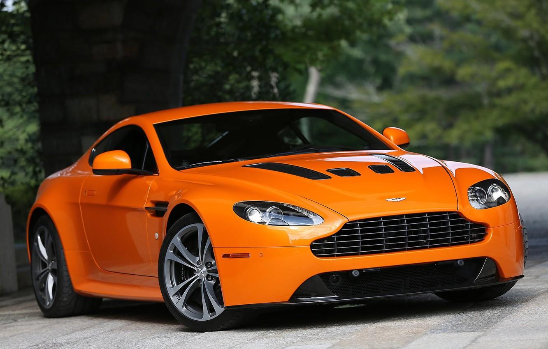 Photo wallpaper Aston Martin, Vantage, V12, orange