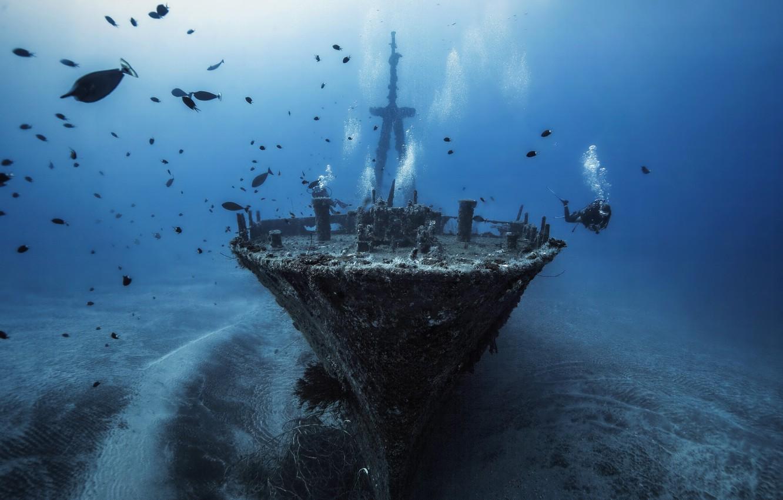 Photo wallpaper ship, the bottom, the diver