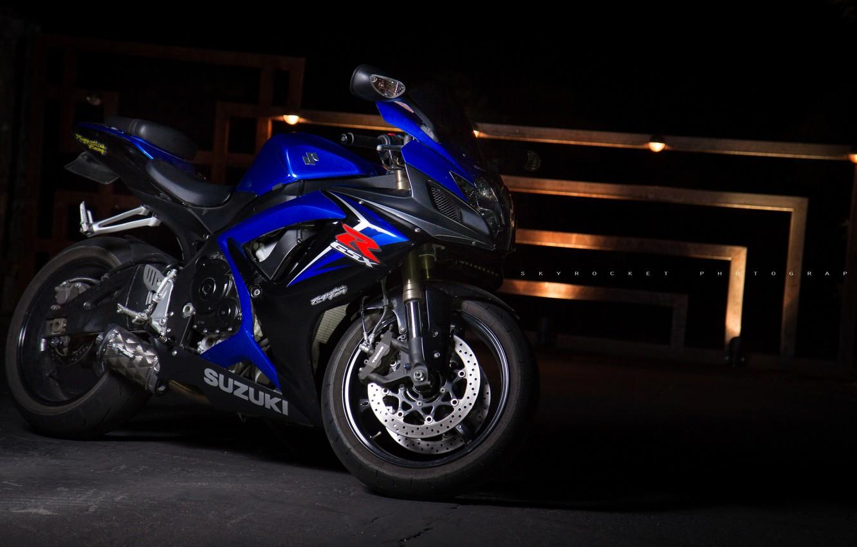 Photo wallpaper light, blue, motorcycle, suzuki, bike, blue, Suzuki, supersport, gsx-r600