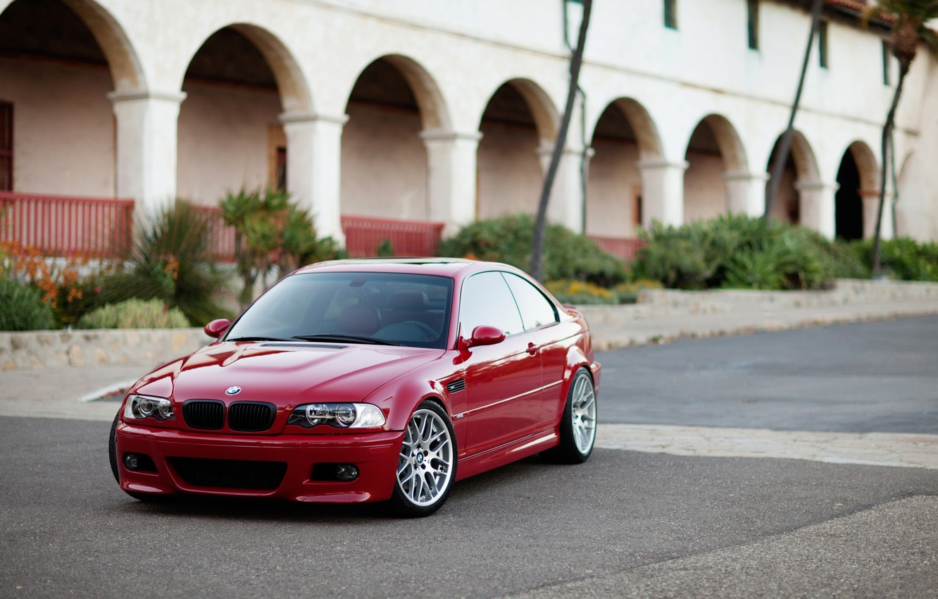 Photo wallpaper red, the building, bmw, BMW, coupe, red, arch, columns, e46