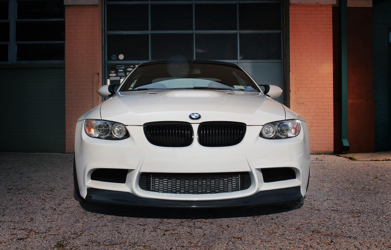 Photo wallpaper white, Windows, bmw, BMW, brick, gate, white, the front, e92