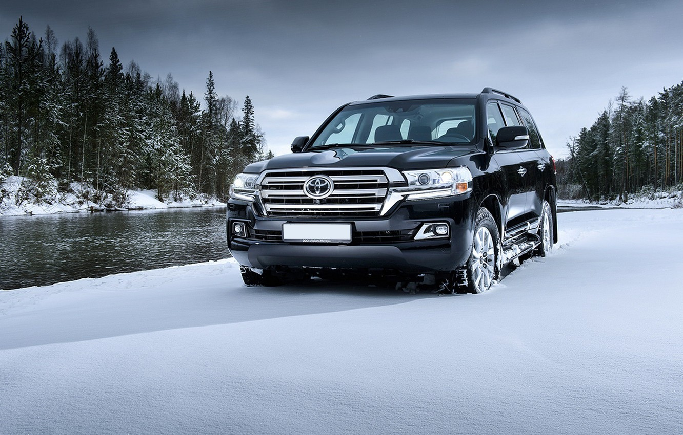 Photo wallpaper Toyota, first, Land, 200, Cruiser, inRussia, the test drives