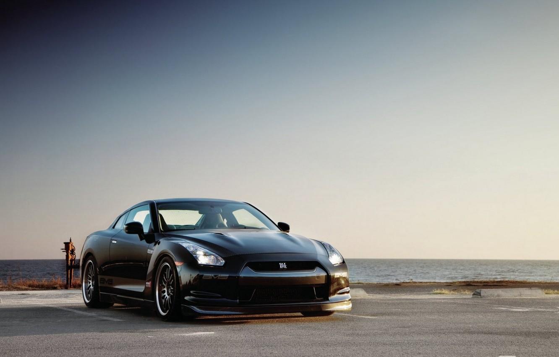 Photo wallpaper Parking, the black sea, Nissan GTR