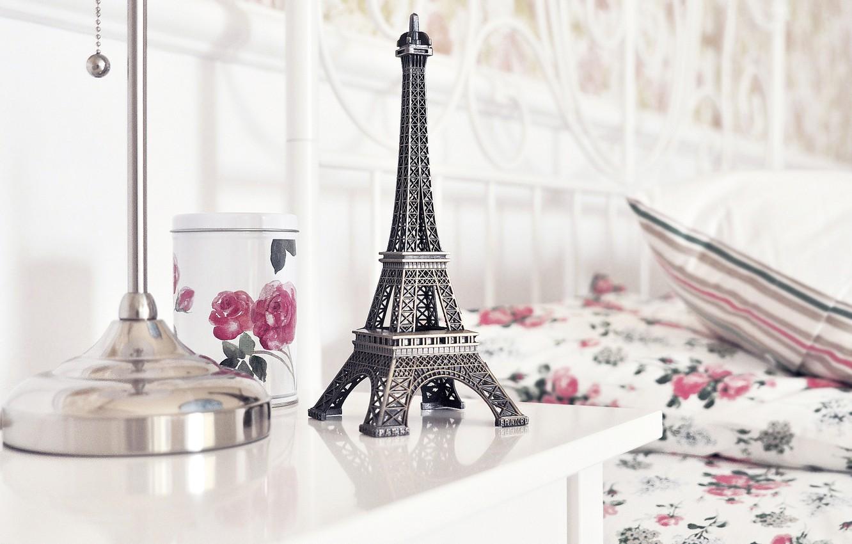 Photo wallpaper table, roses, Cup, figurine, Eiffel tower, La tour Eiffel