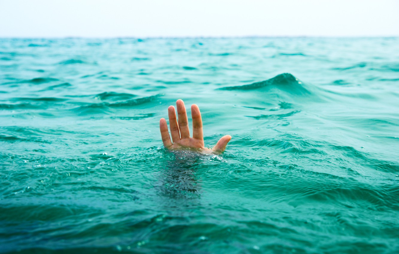 Photo wallpaper sea, water, life, situation, the ocean, hand, help, guy, drowning, death