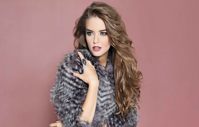 Photo wallpaper look, girl, face, model, hair, hand, makeup, ring, Clara Alonso
