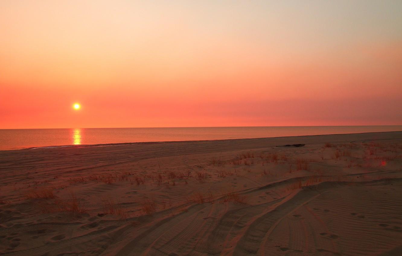 Photo wallpaper sand, water, sunset