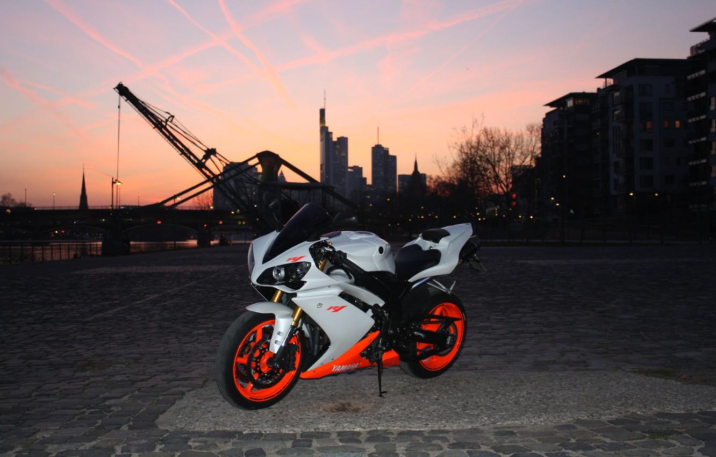 Photo wallpaper the city, motorcycle, white, white, twilight, yamaha, bike, Yamaha, supersport, yzf-r1
