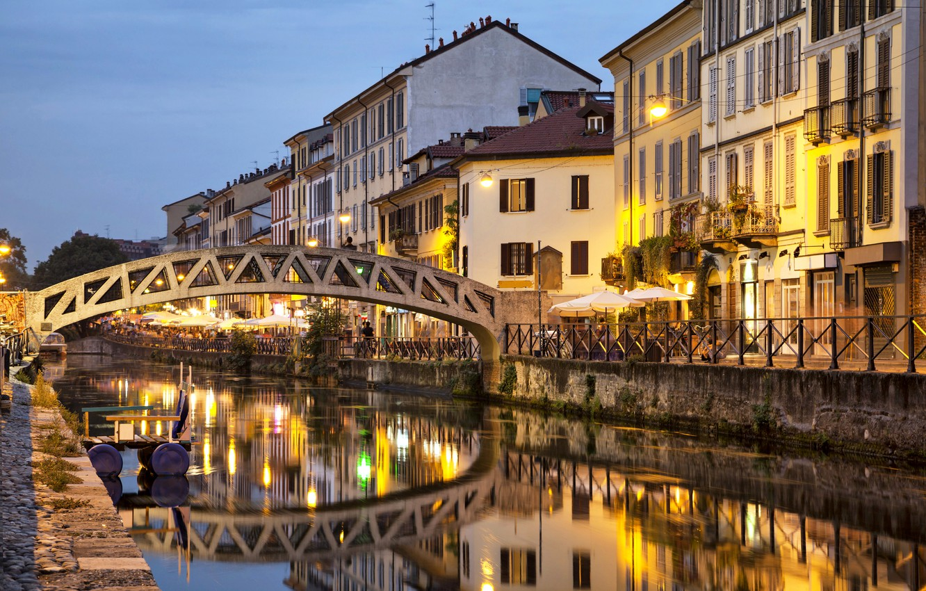 Photo wallpaper water, bridge, lights, reflection, home, the evening, Italy, channel, Milan