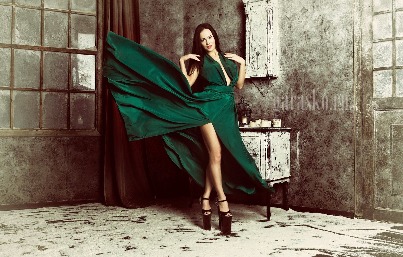 Photo wallpaper girl, retro, room, makeup, slim, dress, brunette, hairstyle, shoes, legs, beauty, is, green, photoshoot, photographer, …