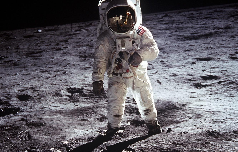 Photo wallpaper the moon, astronaut, Apollo 11