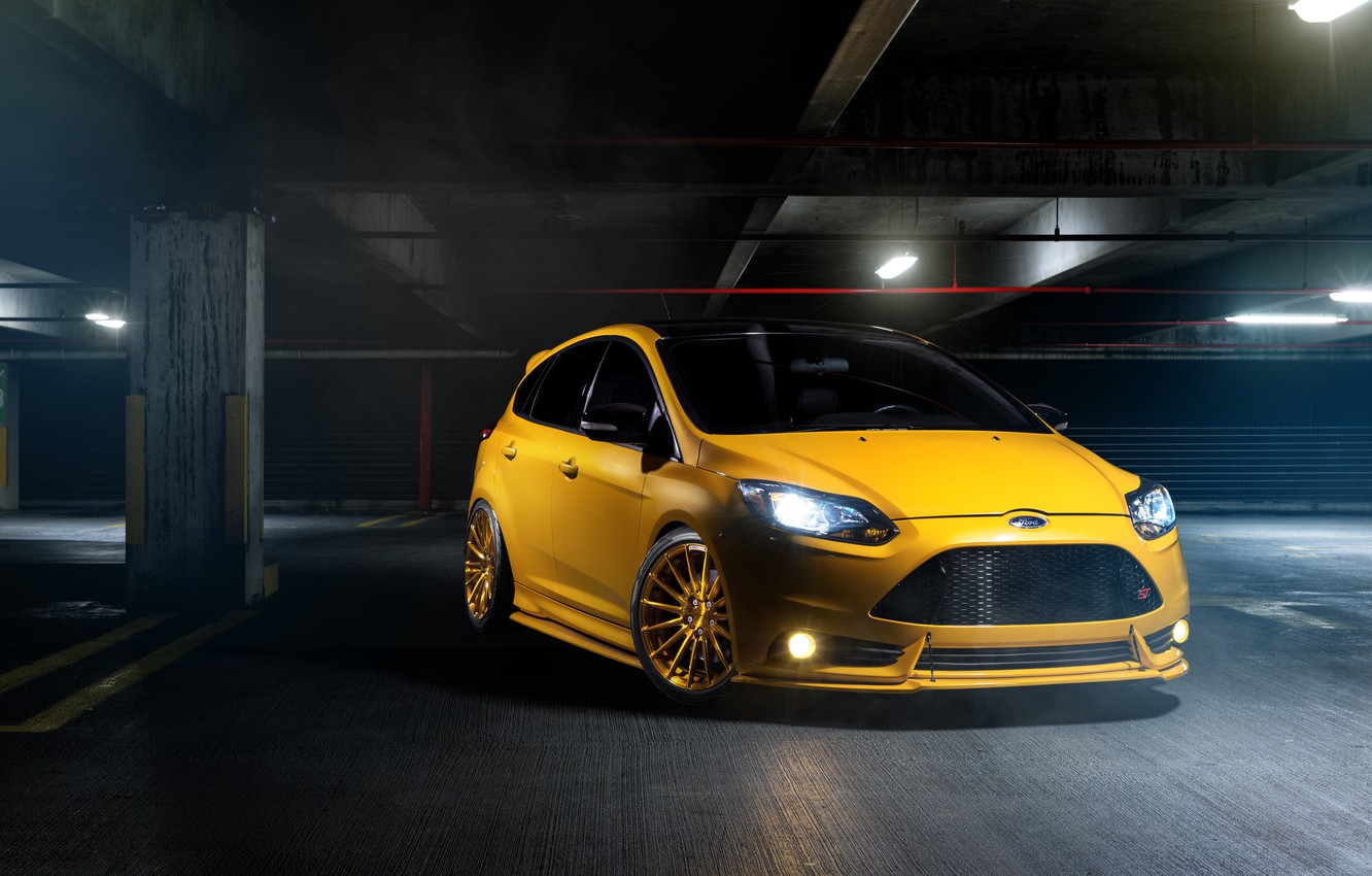 Photo wallpaper Ford, focus, Parking, Focus, Ford, yellow, front