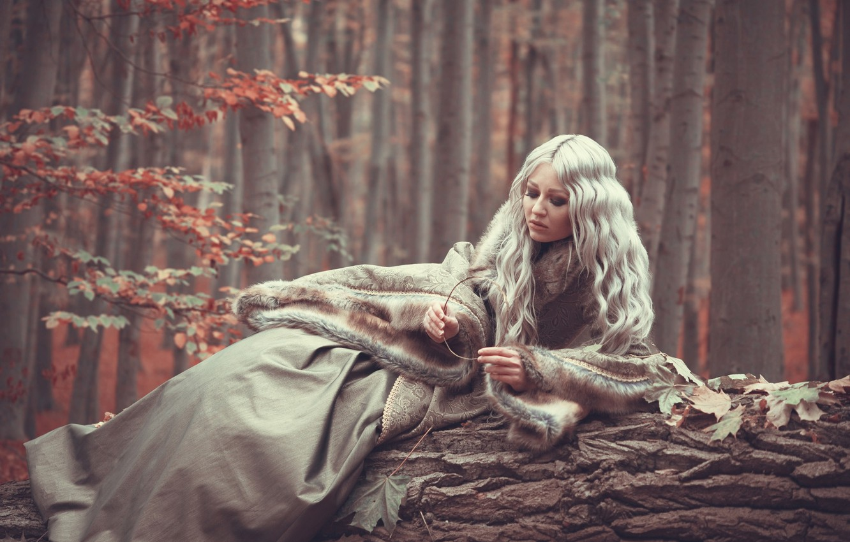 Photo wallpaper autumn, forest, girl, fur, Sloth