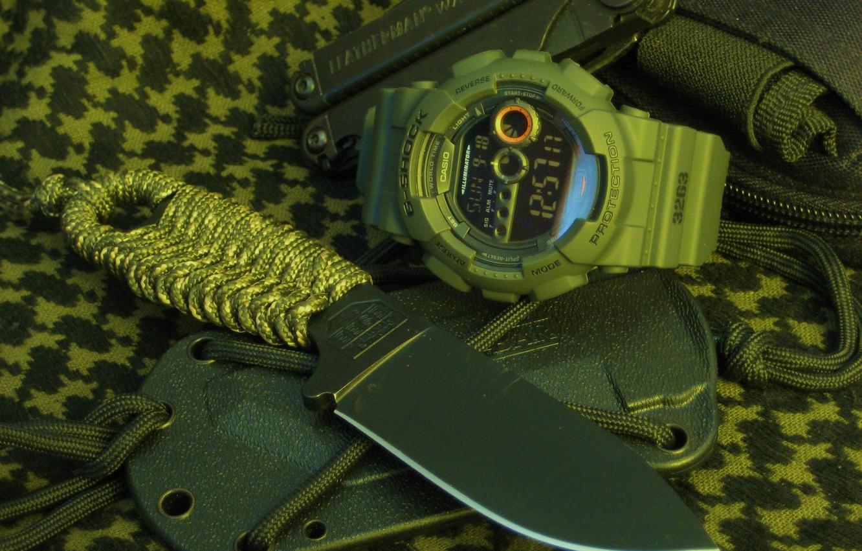 Photo wallpaper watch, knife, cord, sheath, braid, multitool
