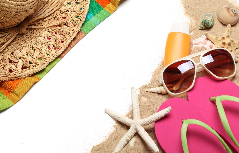 Photo wallpaper sea, beach, summer, stay, hat, glasses, shell, summer, beach, sun, glasses, slates, vacation, accessories