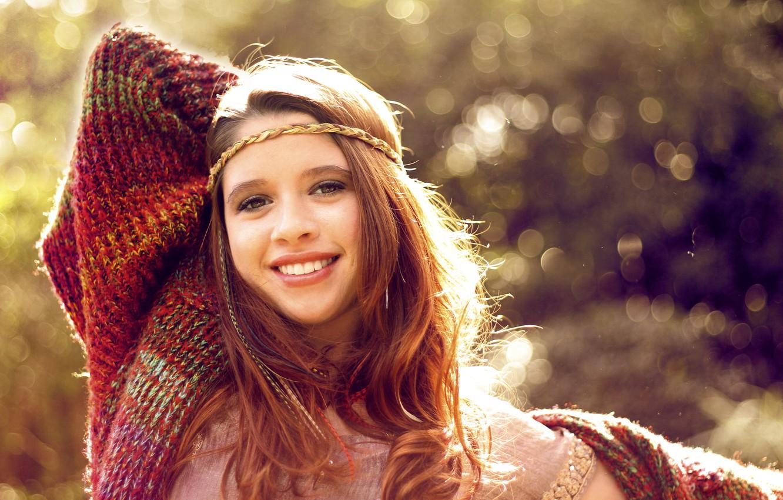 Photo wallpaper girl, joy, brown hair, curls, bezel