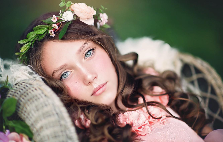Photo wallpaper look, face, mood, portrait, girl, wreath