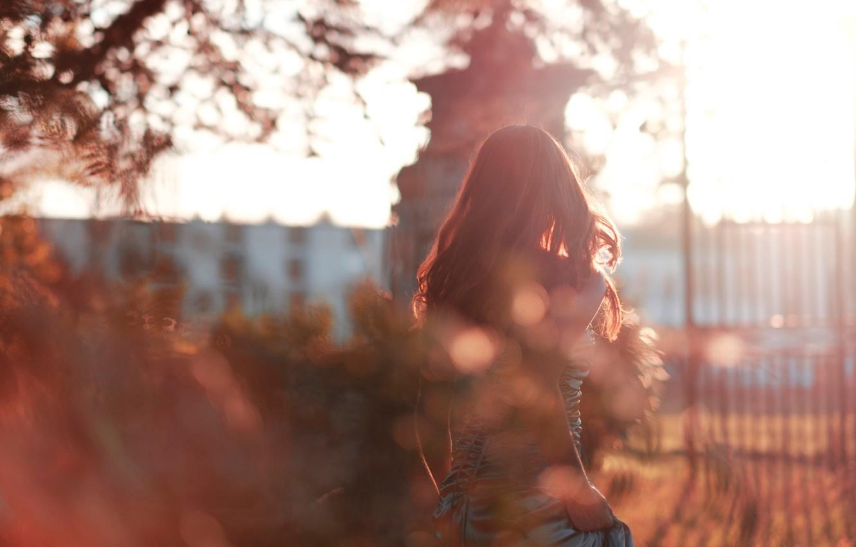 Photo wallpaper autumn, girl, glare, hair, dress, turnover