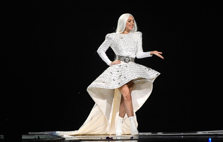 Photo wallpaper girl, music, concert, show, singer, white, fashion, celebrity, dress, singer, live, Lady Gaga, pop, Lady …