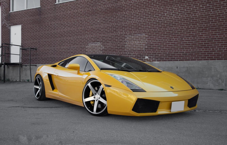 Photo wallpaper reflection, the building, the door, white, gallardo, lamborghini, drives, side view, yellow, Lamborghini, Gallardo, lp560-4