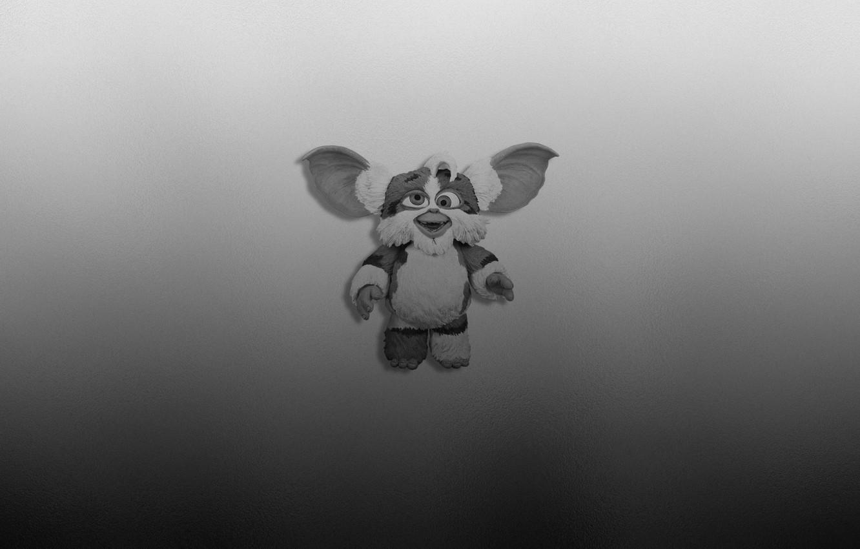 Photo wallpaper smile, the dark background, minimalism, Gremlins, gremlin, Gremlins, slant eyes