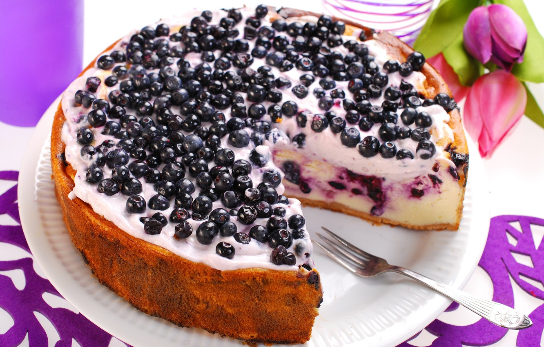 Photo wallpaper flowers, food, blueberries, tulips, cake, cake, fruit, cake, cream, dessert, food, flowers, sweet, tulips, fruits, …
