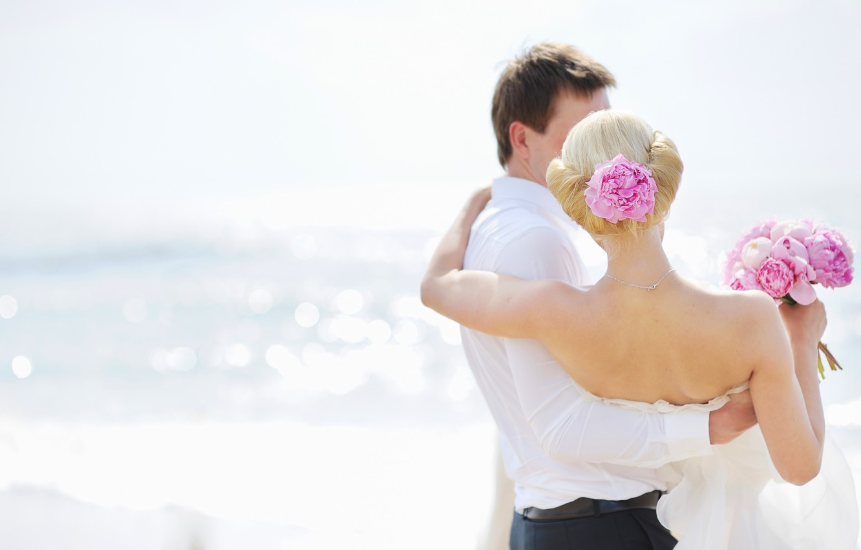 Photo wallpaper sea, girl, flowers, pair, guy, wedding