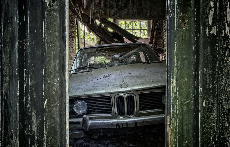 Photo wallpaper machine, the barn, scrap