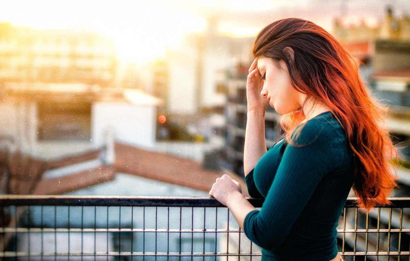 Photo wallpaper sadness, the city, the red-haired girl, Gustavo Terzaghi