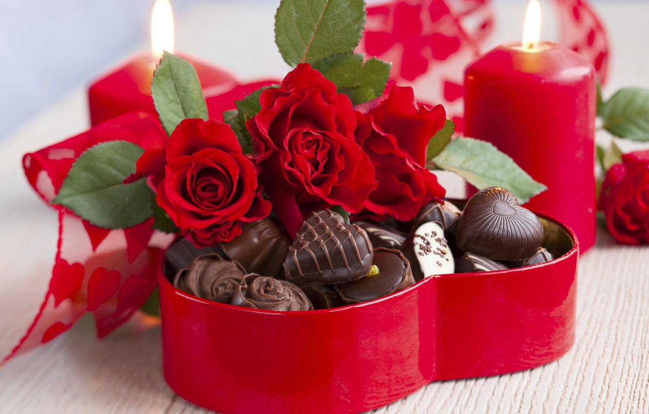 Photo wallpaper love, flowers, holiday, heart, chocolate, roses, bouquet, candles, candy, red, love, rose, wet, photography, heart, ...