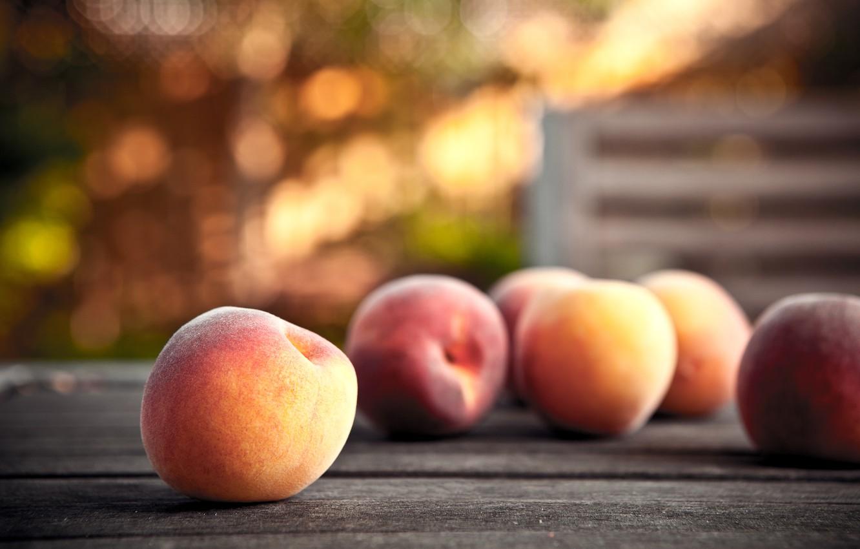 Photo wallpaper glare, table, food, fruit, peaches, ripe