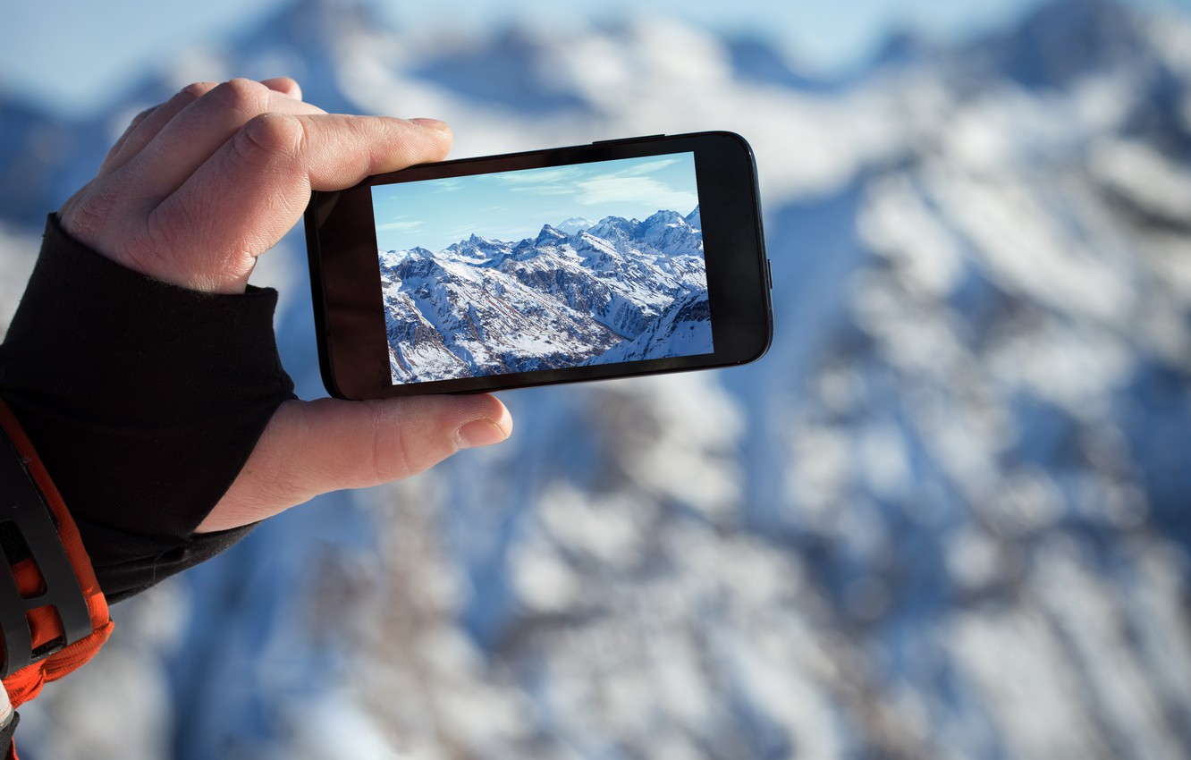 Photo wallpaper landscape, mountains, photo, hand, iPhone