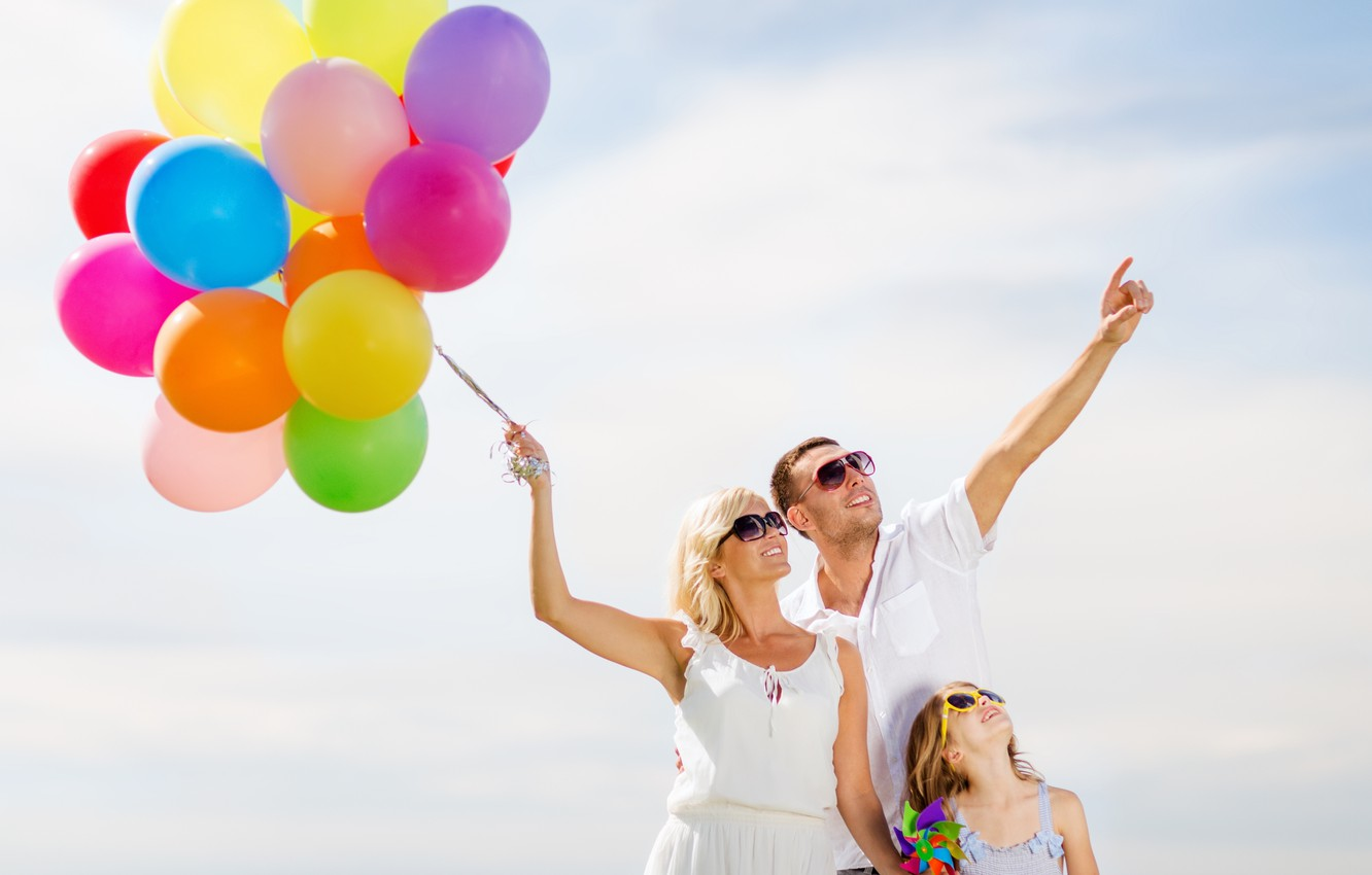 Photo wallpaper balls, joy, happiness, balloons, people, colorful, happy, sky, people, balloons, family