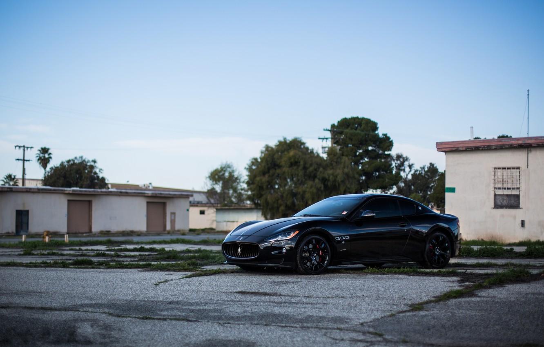 Photo wallpaper trees, black, Maserati, home, black, side view, Maserati, MC Road, Granturismo, black rims, GranTurismo, Stradale