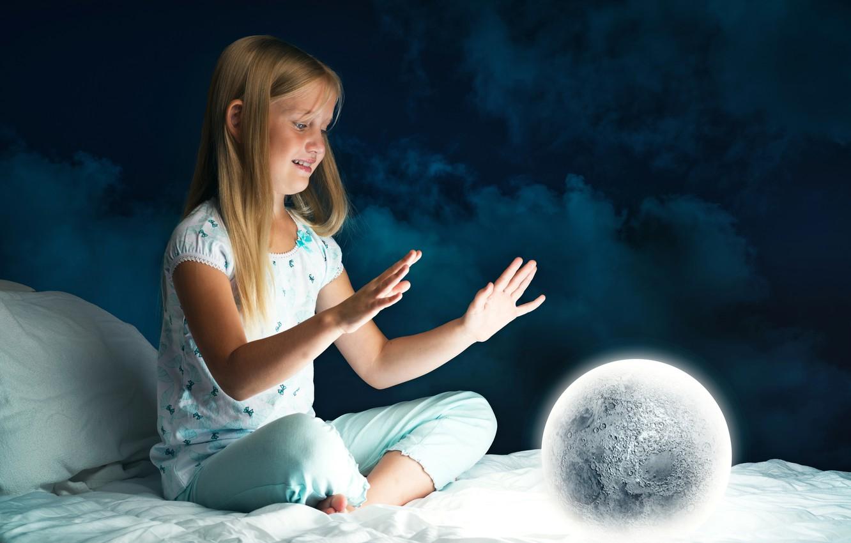 Photo wallpaper night, the moon, bed, ball, child, hands, girl, Bed, Hands, Little girls