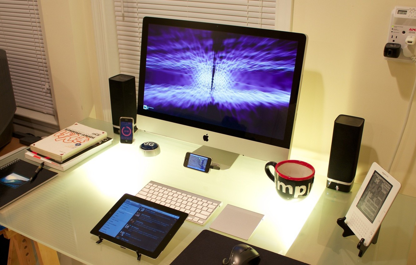 Photo wallpaper table, iPhone, iPod, furniture, book, monitor, book, Cool Desktop, phone.gadget