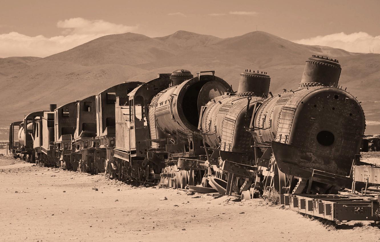 Photo wallpaper desert, train, cars, the ruins