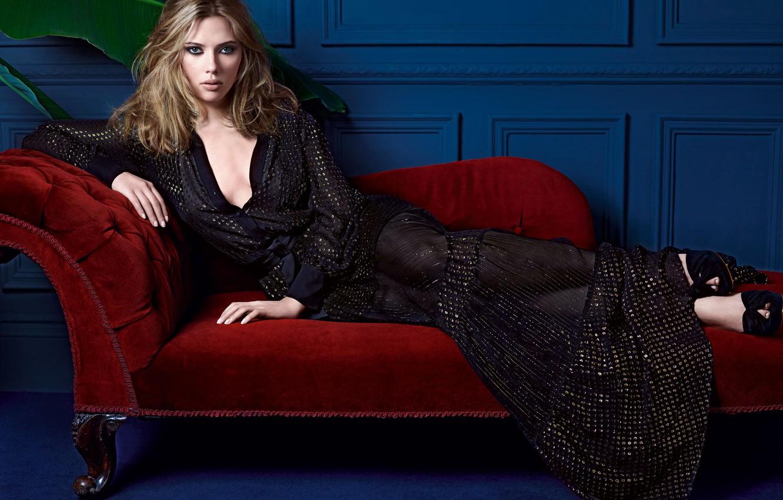 Photo wallpaper girl, sofa, wall, dress, beautiful, lies, Scarlett Johansson, Scarlett johansson