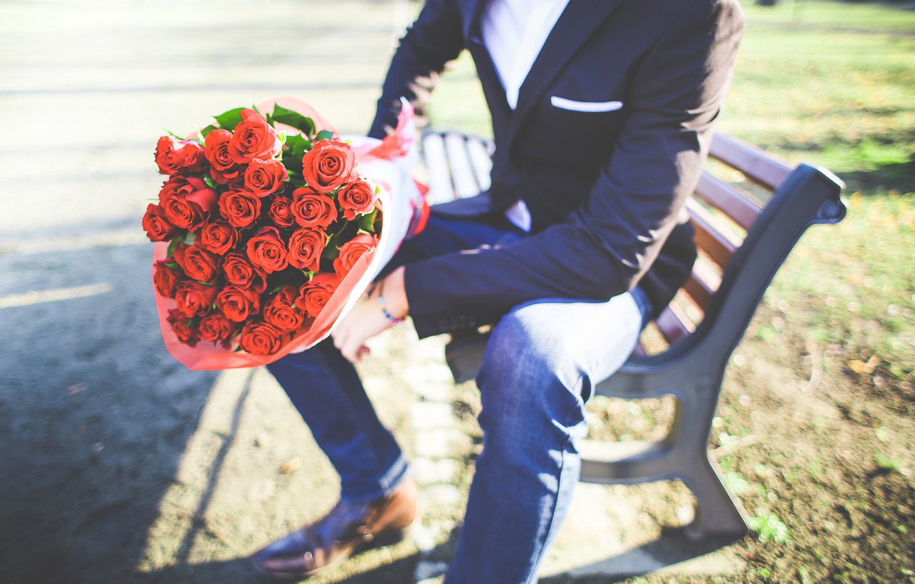 Photo wallpaper roses, bouquet, male, guy, the young man