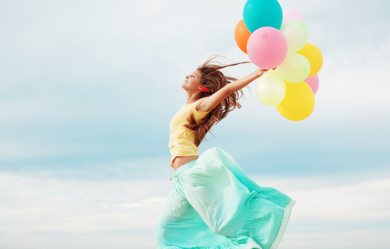 Photo wallpaper freedom, girl, balls, smile, balloons, background, movement, widescreen, Wallpaper, mood, colored, skirt, wallpaper, widescreen, freedom, …