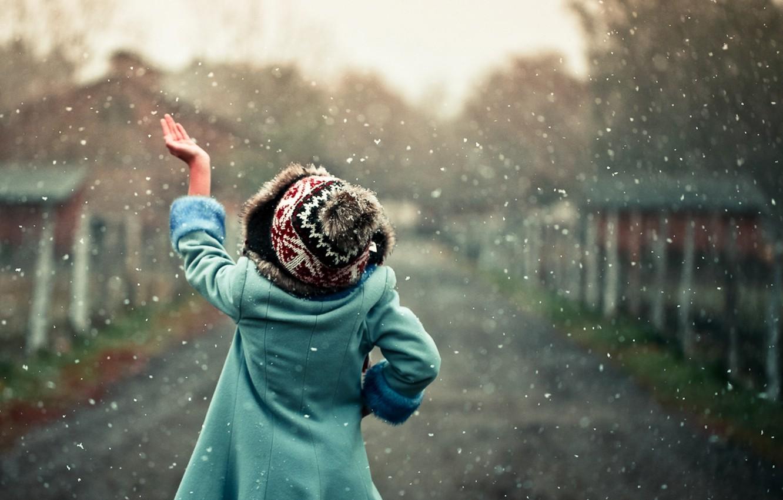 Photo wallpaper snow, mood, child, hand, girl, snowfall
