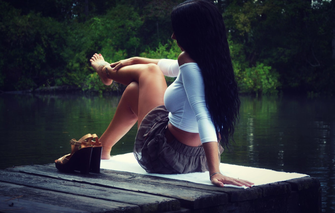 Photo wallpaper girl, lake, legs, sitting, iron