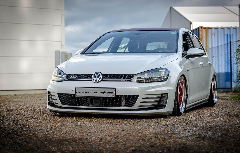 Photo wallpaper Volkswagen, red, white, wheels, Golf, GTI