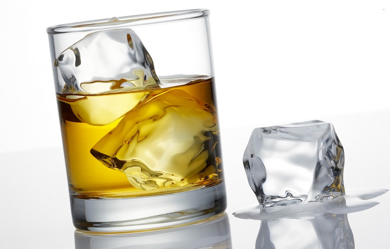 Photo wallpaper ice, glass, drink, whiskey