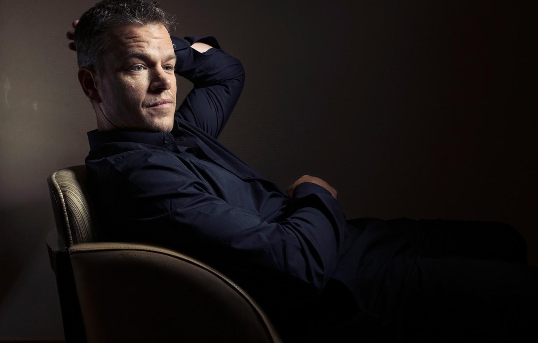 Photo wallpaper photographer, actor, sitting, Matt Damon, photoshoot, in the chair, Matt Damon, for the film, Toronto …