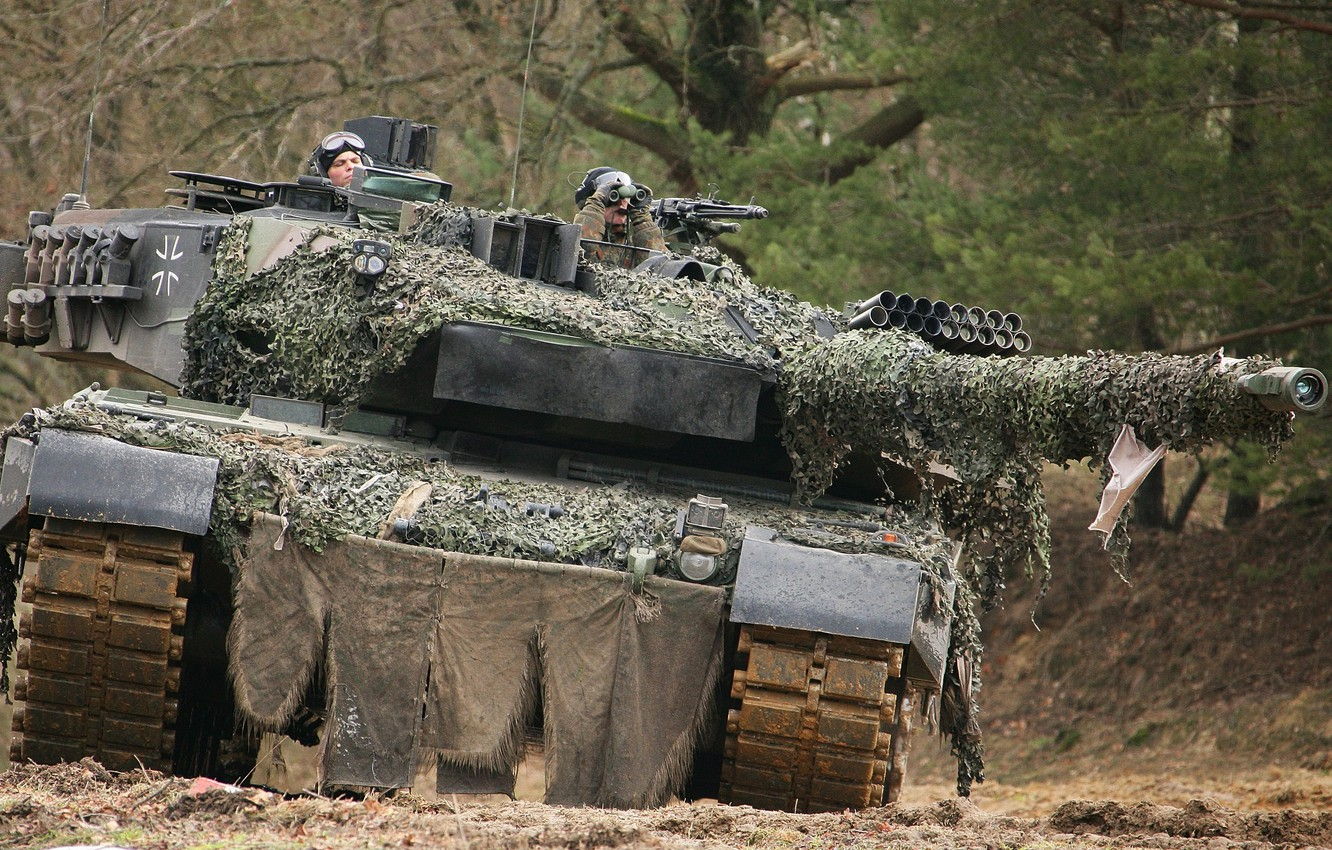 Photo wallpaper forest, trees, tank, Leopard 2A6