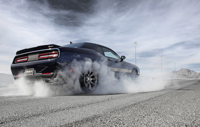 Photo wallpaper The sky, Road, Smoke, Dodge, Challenger, Hemi, Muscle Car, 2015, Srt, Slip