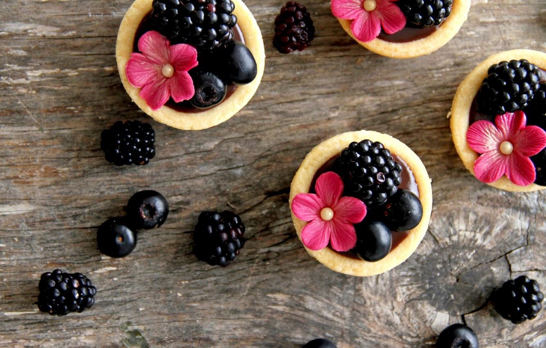 Photo wallpaper flowers, food, blueberries, cream, dessert, flowers, sweet, sweet, cream, dessert, tartlets, blueberries, blackberries, BlackBerry, tarts